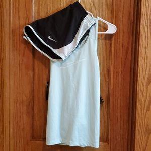 NWT 2 PC Womens Nike tank/shorts set XS